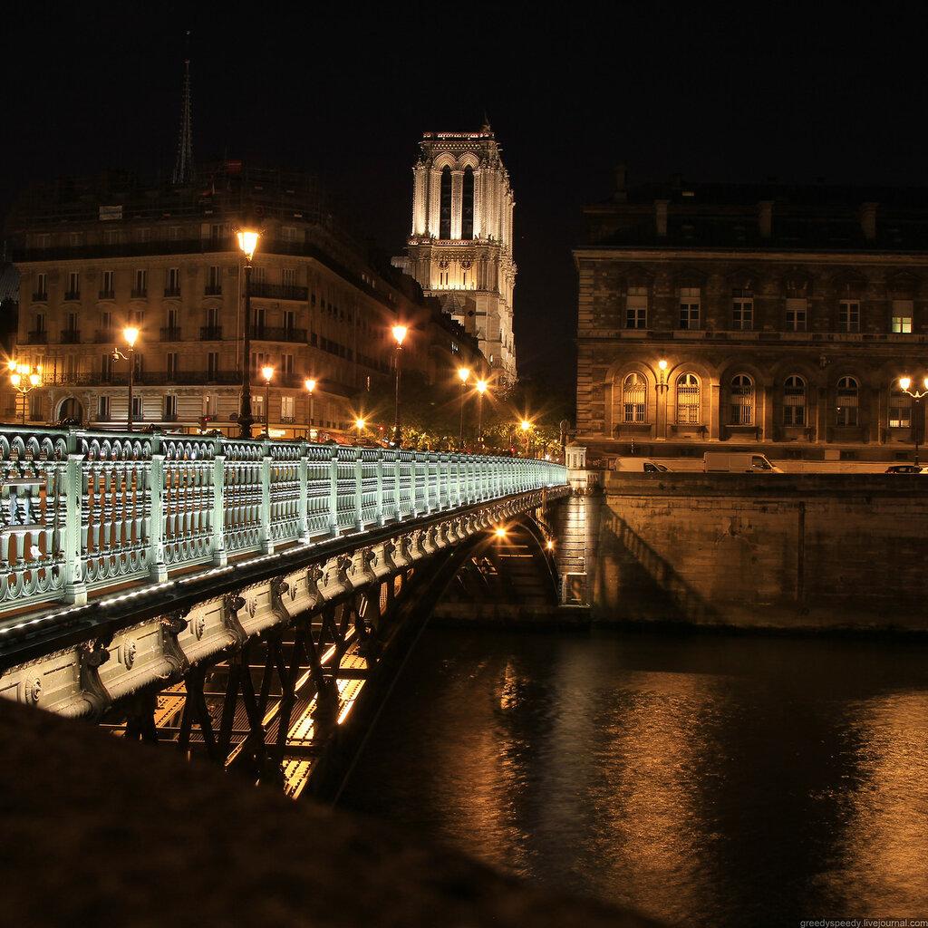 Ночной Париж. Нотр-Дам де Пари
