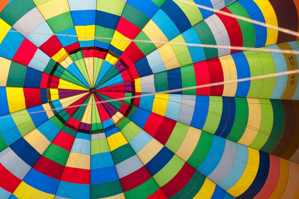 Gary Arndt inside hot air balloon
