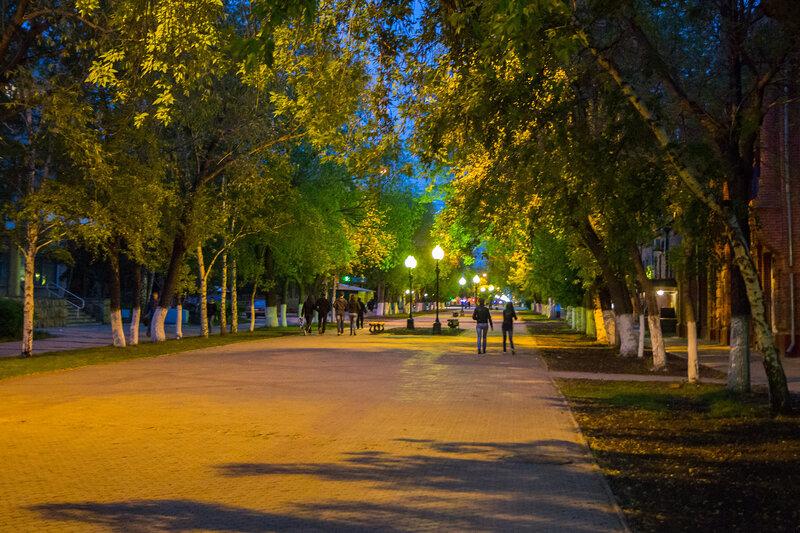 Петропавловск - Вечерний проспект Конституции Казахстана