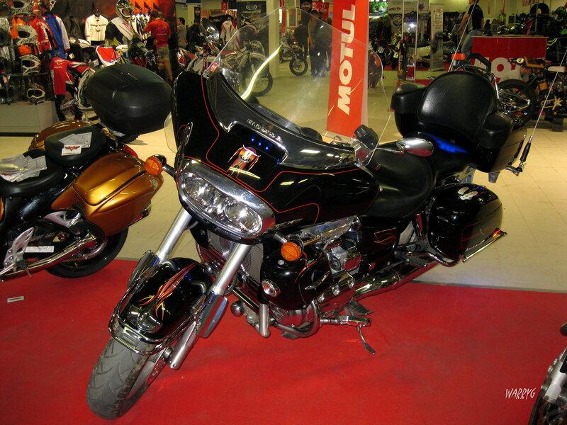 Мотоцикл Honda Valkyrie.