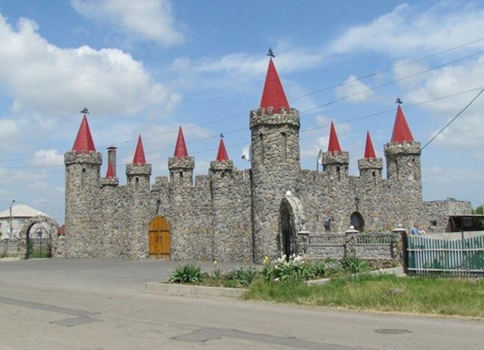Замок в Акимовке