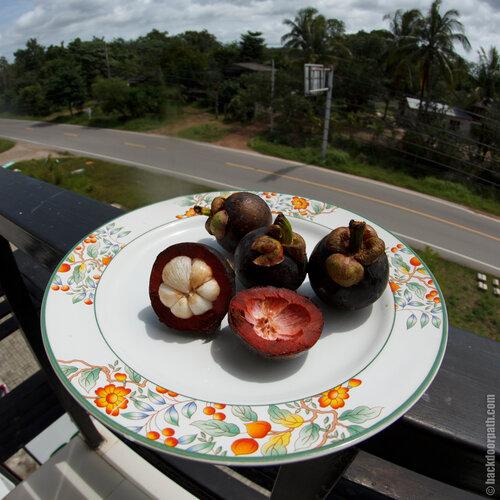 мангустины, mangoostin