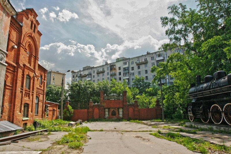 Старые ворота Бадаевского пивзавода