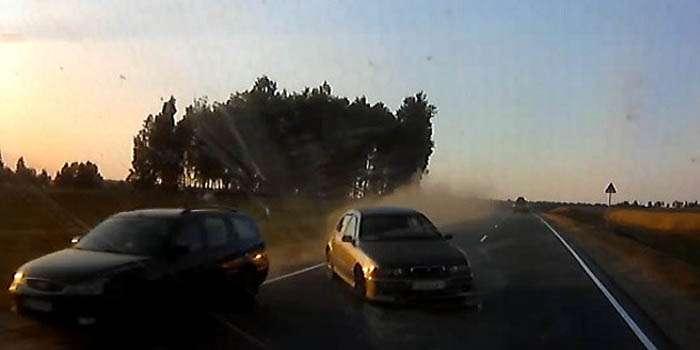 BMW врезался в кортеж президента Беларуси есть пострадавшие