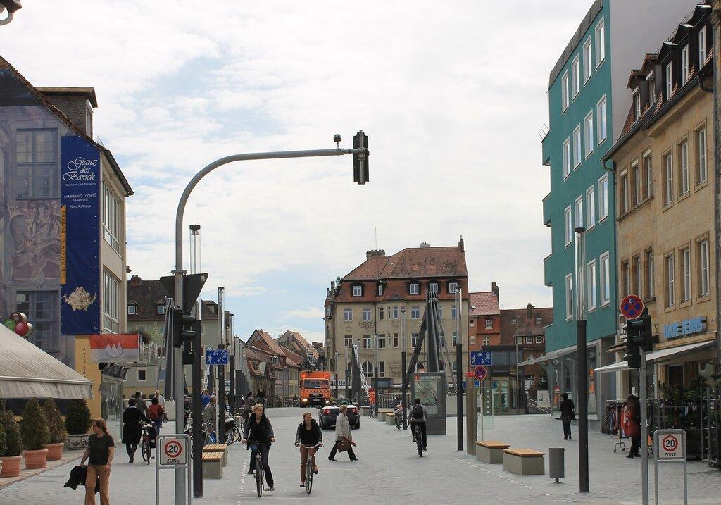 Bamberg. Kettenbrückstrasse