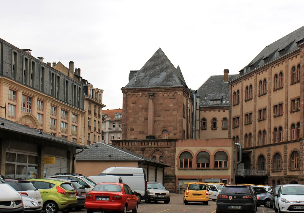 Metz. Central post office.