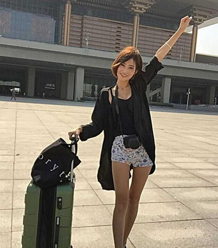3. 19-летняя Пэн говорит, что она уже путешествовала подобным образом по всему Восточному Китаю и те