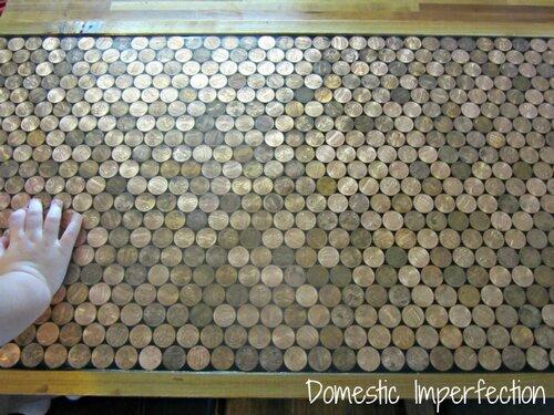 Барная стойка  декорированная монетами