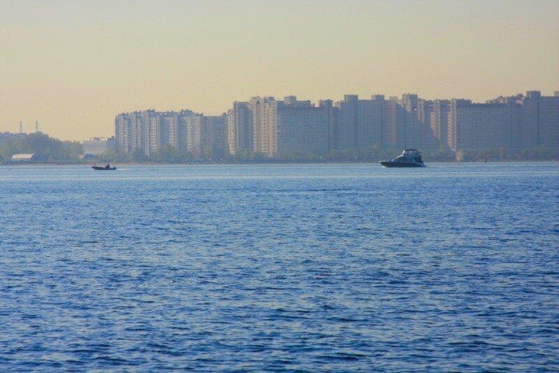 Лодки у Васильевского острова