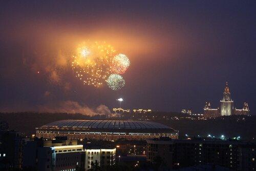 Салют в Москве на 9 мая