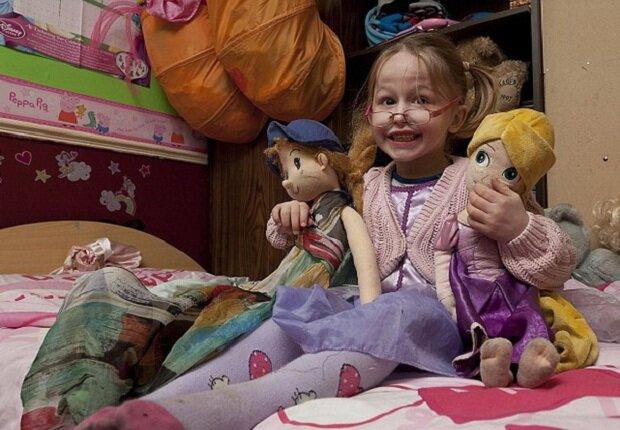 5-летний мальчик превратился в девочку