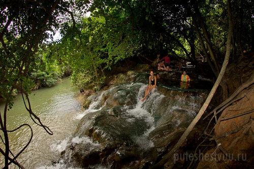 Горячие источники Hot Springs Waterfall