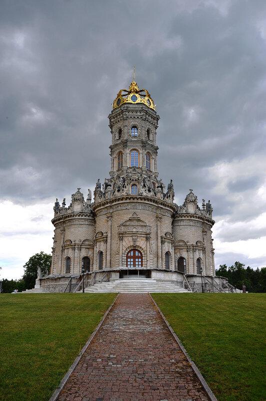 Дубровицкая церковь Знамения
