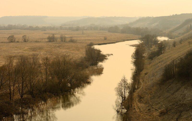 Обои картинки фото поле, река, природа, пейзаж.