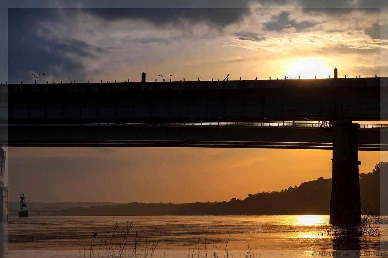 Закат за Кузнецким мостом (© NickFW - 30.05.2017)