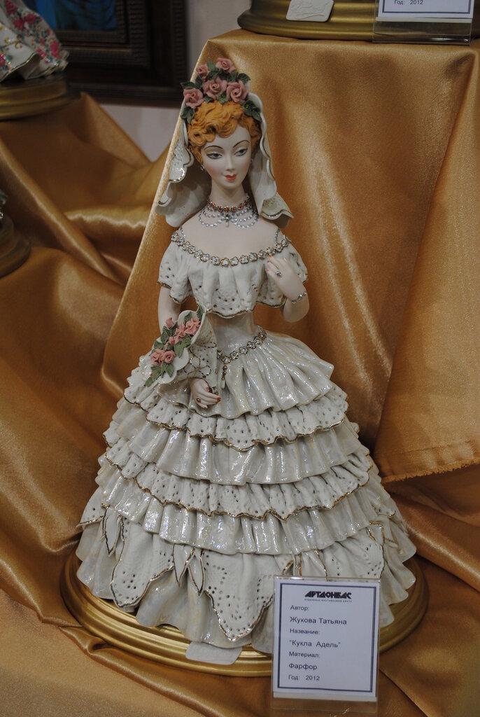 Изящные и милые вещицы из фарфора, стекла и других материалов в наших коллекциях