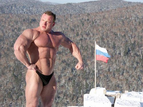 Олег Емельянов