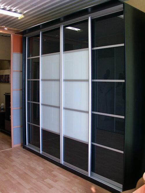 Корпусная мебель на заказ в Алмате: шкафы купе, кухни.