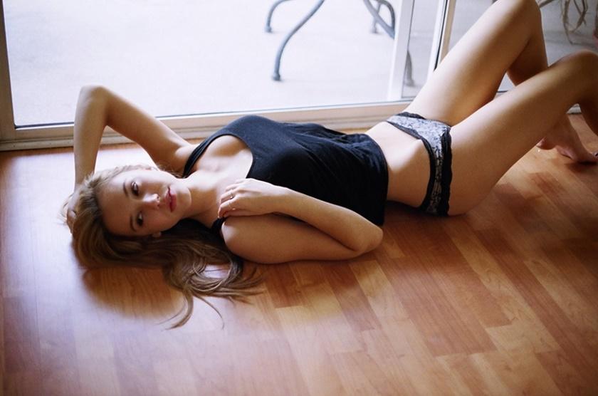 Красивые фотографии молодой модели Алексис Рен 0 142381 86ade911 orig
