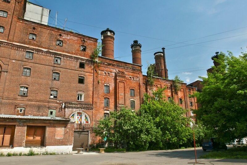 Главное здание Бадаевского пивзавода