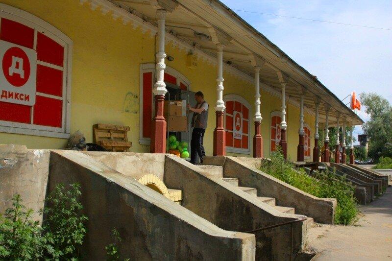 бывший гостиный двор. Построен в 1890г.