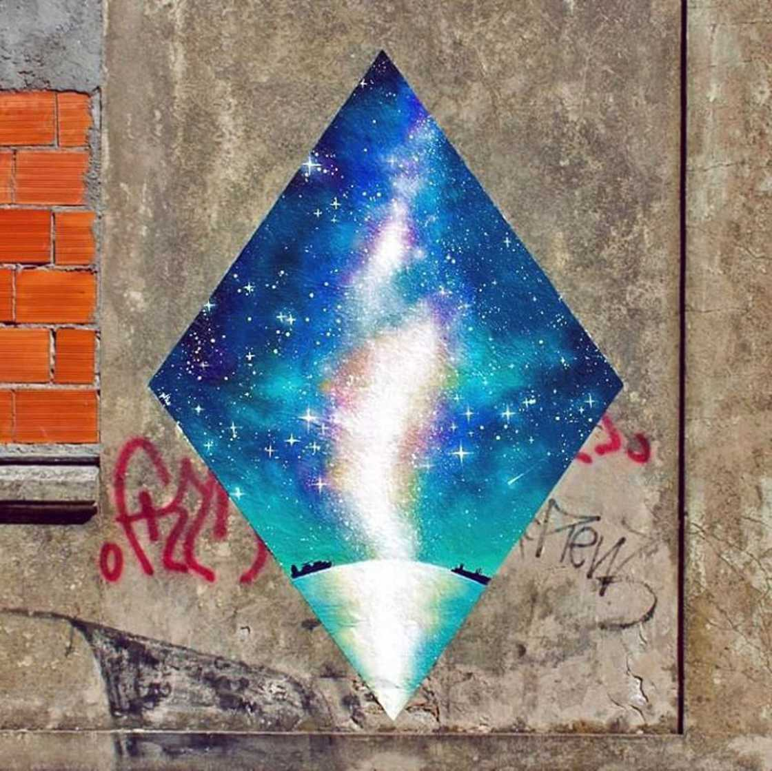 The cosmic street art of Mariana