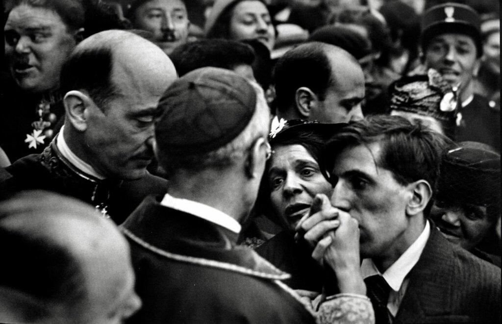 Henri Cartier-Bresson,Cardinal Pacelli, Montmartre