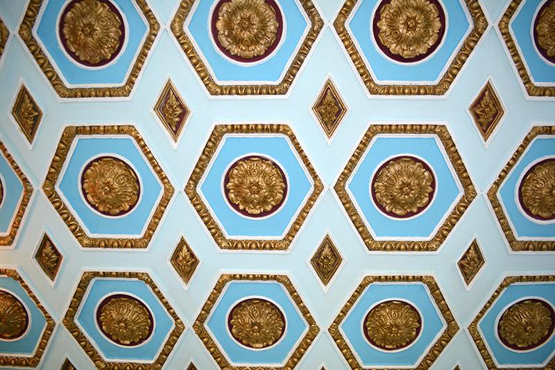 потолок фрагмент