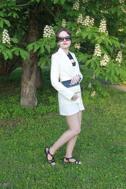 Белый жакет