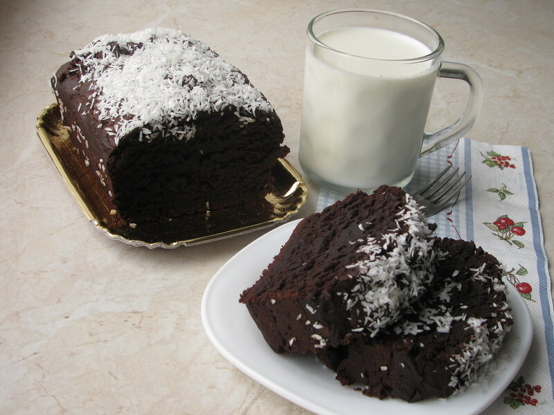 Шоколадно-кокосовый кекс