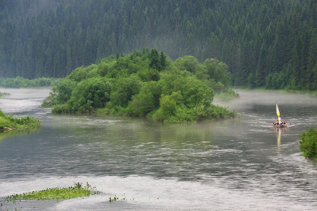 Стрельный левый берег реки койва