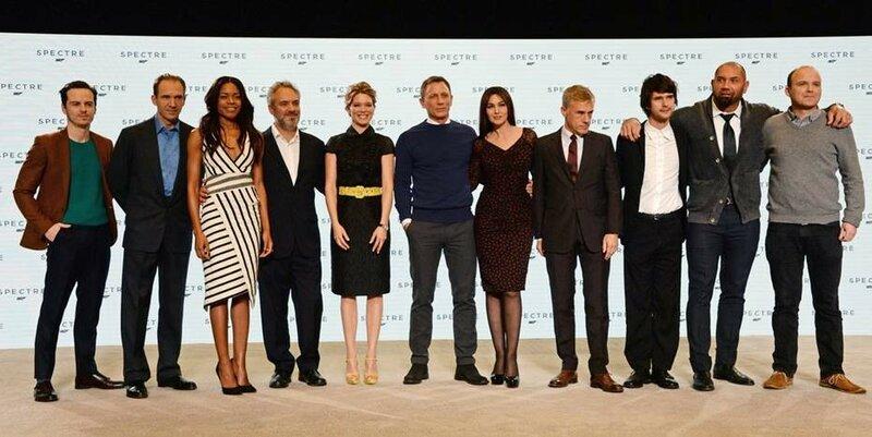 Фотографии актеров на премьере нового фильма про Джеймса Бонда