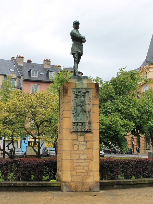 Place General Mangin, monument, Metz