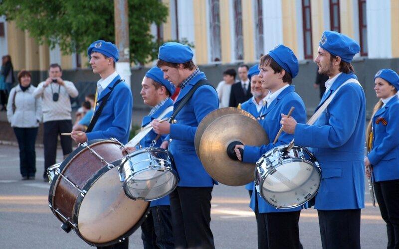 соло барабанщиков училища искусств на фестивале духовых оркестров 2012