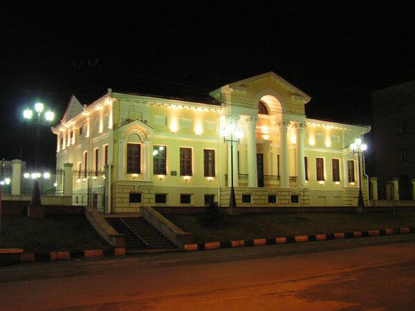 Ночная подсветка здания после реставрации, 2005 г.