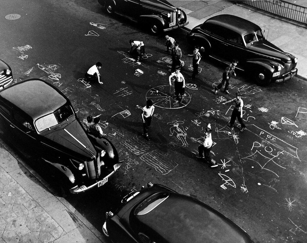 Arthur Leipzig,Chalk Game 1950