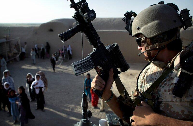 Afghanistan.<br />Danske soldater på patrulje i Gereshk, Helmand.
