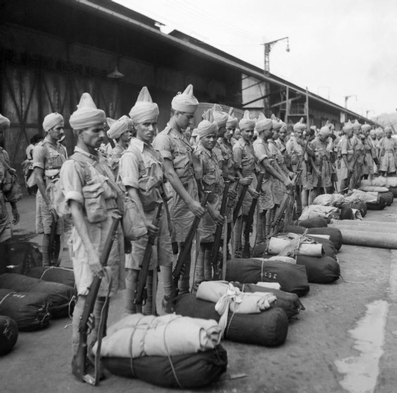 Newly-arrived_Indian_troops.jpg