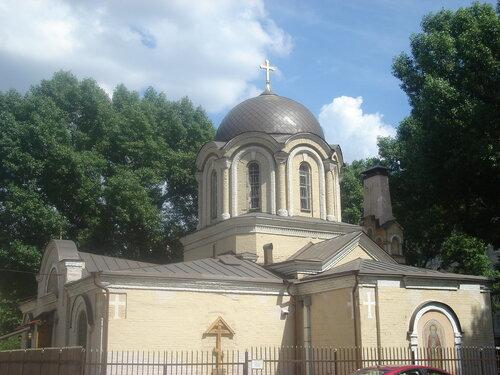 Храм преподобного Димитрия Прилуцкого на Девичьем поле