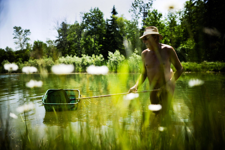 На природе на пруду порно видео4