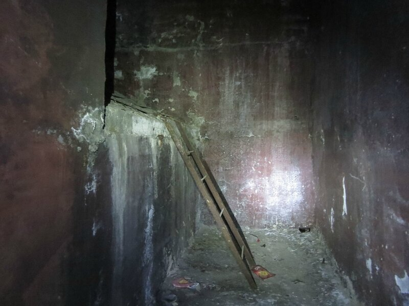 Подземка и коммуна 058.JPG