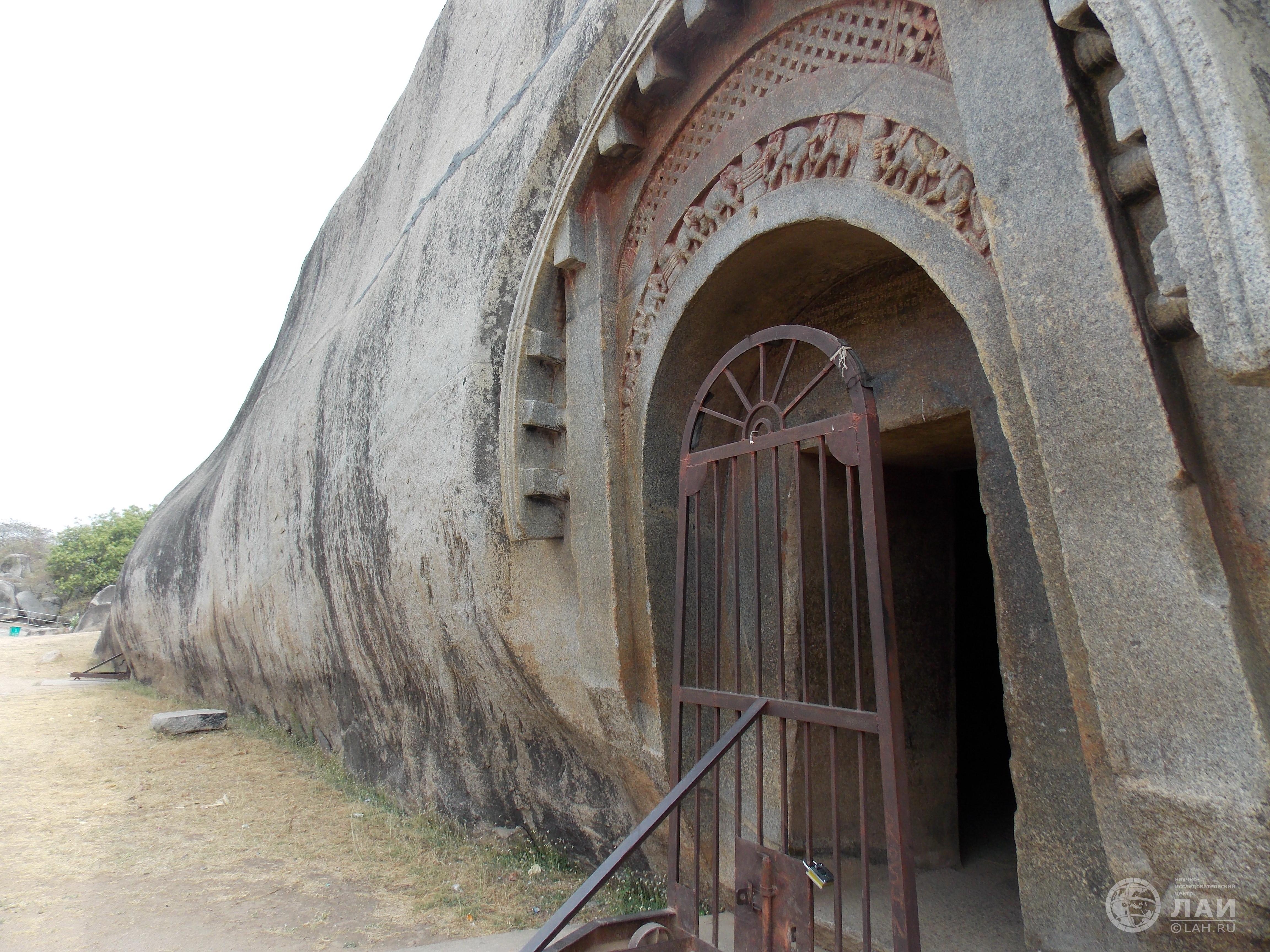 Пещера Барабар (Индия)