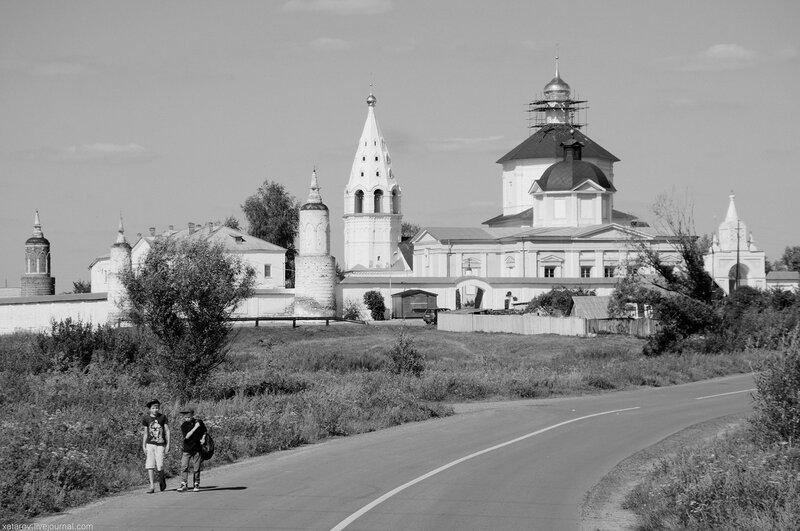 Богоро́дице-Рожде́ственский Бобре́нев монасты́рь