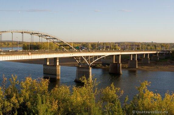 Уфа. Автомобильный мост через реку Белая.