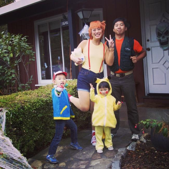 © imgur.com  Эти родители нетолько купили сыну костюм наХеллоуин, окотором онпросил, нои