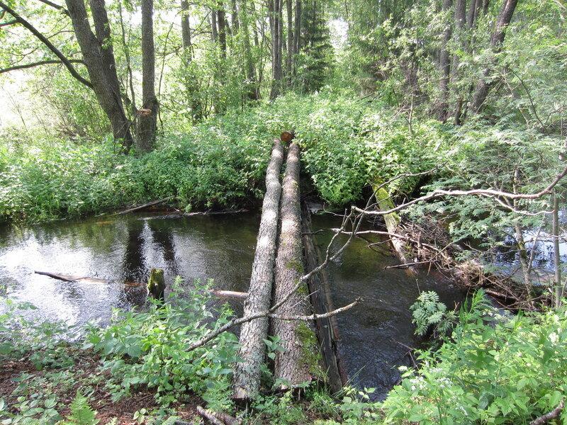 Но это мост через речку Песся