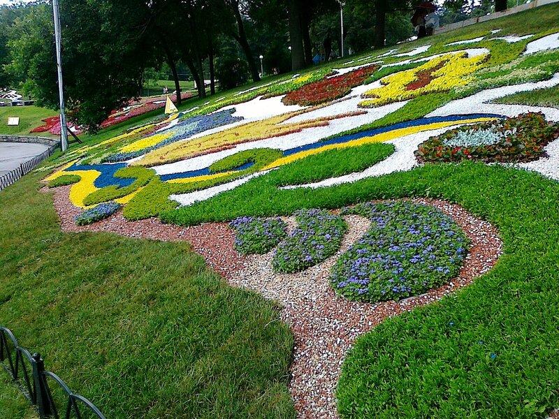 Выставка цветов к Евро 2012 в Киеве