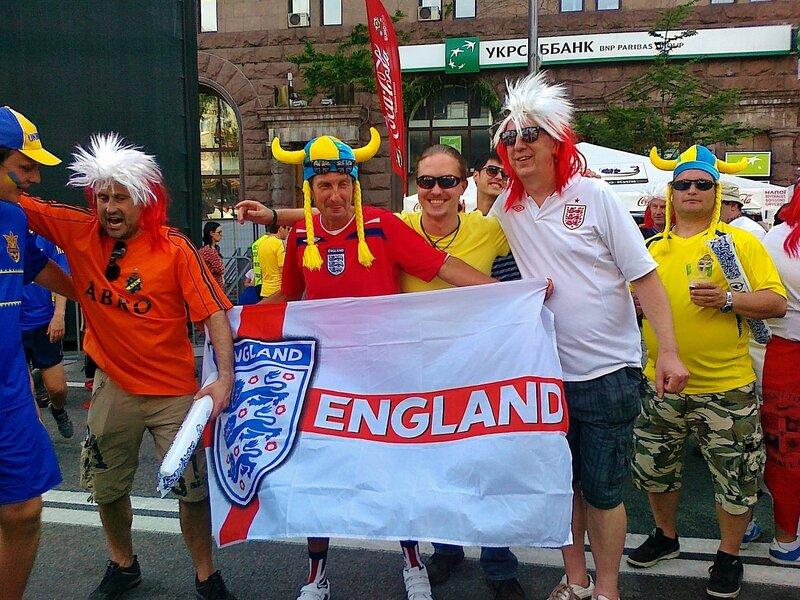 Английские фаны в фан-зоне Евро 2012 в Киеве
