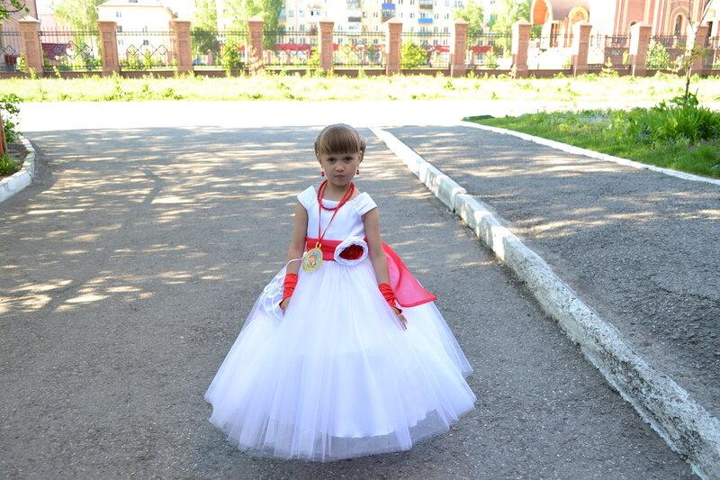 Купить красивое детское платье на выпускной