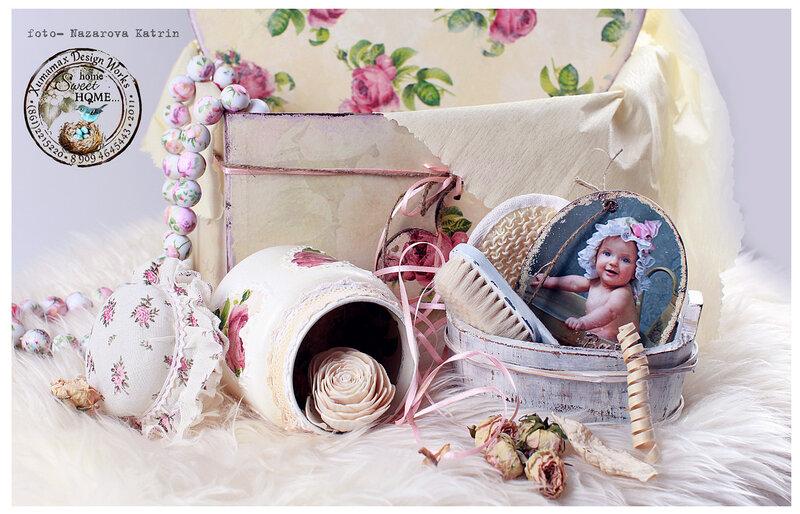 комплект подарочный на рождение малышки разное.
